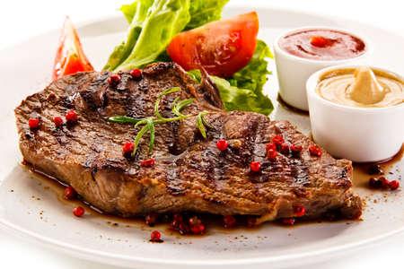 beefsteak: grilled beefsteak