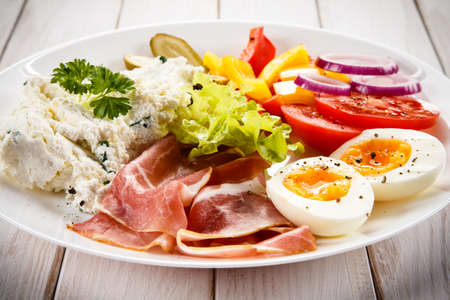 sanwich: Breakfast with boiled egg and smoked ham