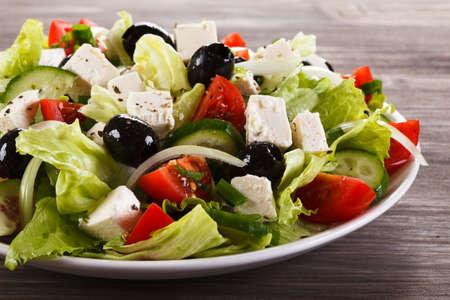 그리스 식 샐러드