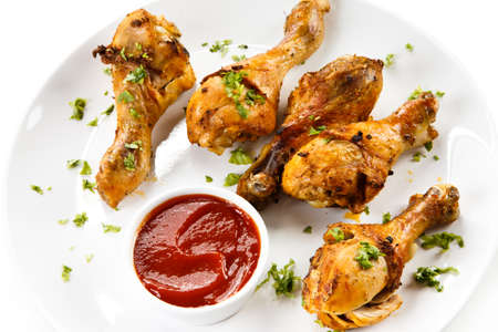 drumsticks: Grilled chicken wings
