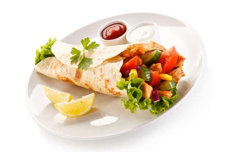 ケバブ - 野菜や肉のグリル 写真素材