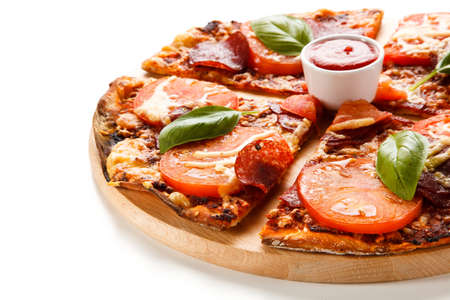 olive green: Pizza pepperoni with tomatoes, mushrooms and olives Stock Photo