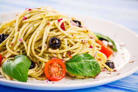 Pasta with vegetables Standard-Bild