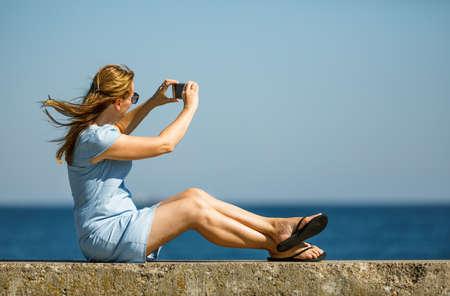 Woman resting on boulevard 版權商用圖片