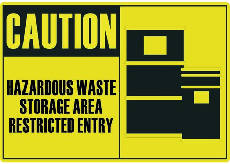 hazardous: I rifiuti pericolosi in un'area di deposito
