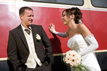 leant: Bridal couple leant on wagon - a happy day