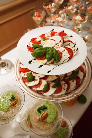 Buffet con aperitivos Mediterr�neo Foto de archivo - 5328322