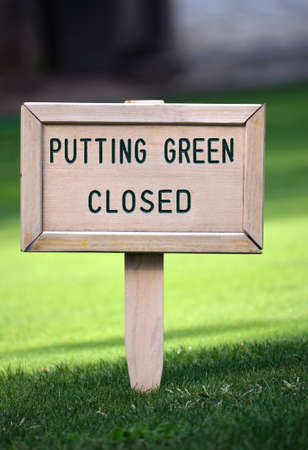 golf sign putting green closed Stock Photo