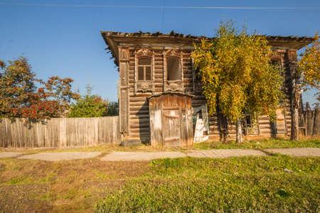 abandoned farmhouse abandoned farmhouse: Old abandoned wooden log farmhouse in the village of Pokrovsky Stock Photo