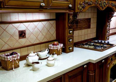 Il design della cucina moderna in un design classico