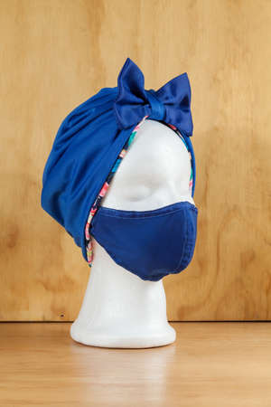 Anti-Fluid Protection Mask; Double-sided set of mouth cap and turban.