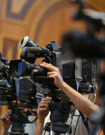 Details with television video cameras and recording equipment during a press event Standard-Bild - 129568477
