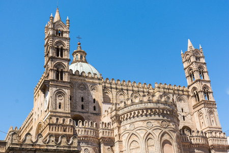 Palermo Cathedral, is a place of Catholic worship, archbishop of the Archdiocese.
