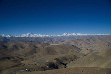 Mt. Everest from Kya Wu Lah Pass in Tibet