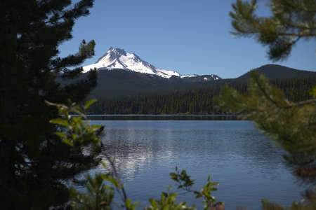 Olallie Lake with Mount Jefferson - one of the Waypoints on the Pacific Crest Trail in Oregon _5978