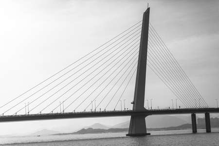 oversea: Shenzhen Bay Bridge, the oversea bridge links shenzhen and Hongkong