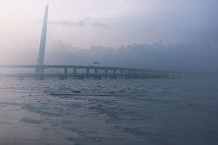 oversea: Shenzhen Bay Bridge, the oversea bridge links shenzhen and Hongkong