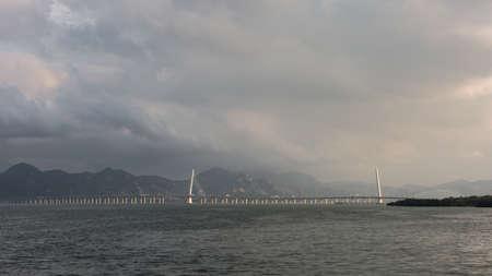 dragline: shenzhen bridge, links shenzhen and hongkong Stock Photo