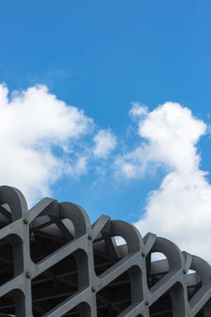 reticular: blue sky and white clouds