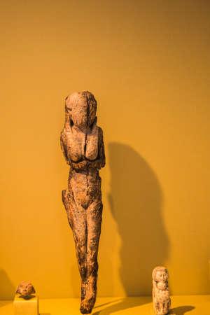 manhattans: United States New York Manhattans Metropolitan Museum Editorial