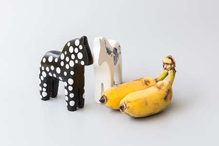 trojans: Trojans and banana