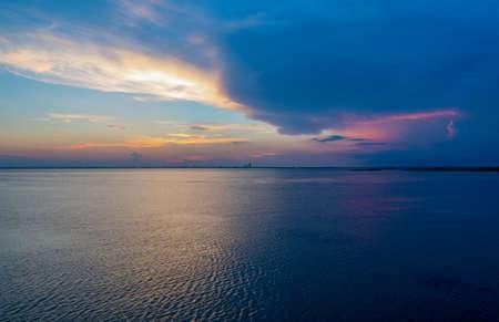 Mobile Bay sunset on the Alabama Gulf Coast in August 2020 Zdjęcie Seryjne