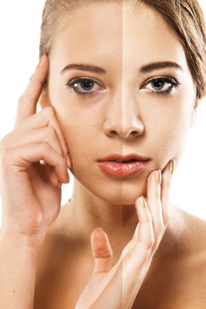 Vrouw gezicht correctie. Close-up portret half en half