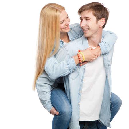 stílus: Gyönyörű fiatal pár fehér alapon