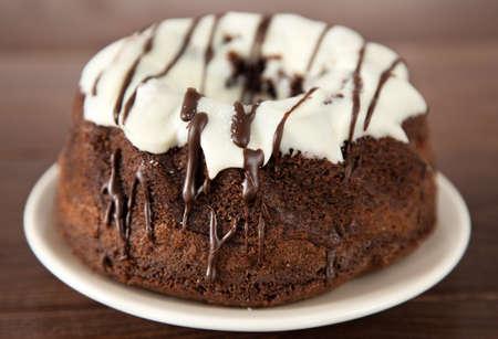 rum cake: Deliziosa torta al rum still life