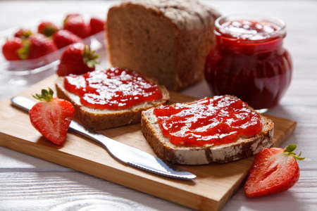 Delicious strawberry jam Banque d'images