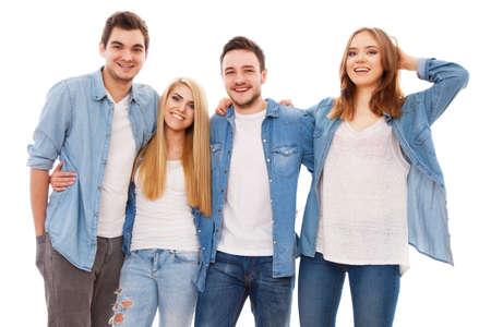 Groep van gelukkige jonge mensen, op een witte achtergrond
