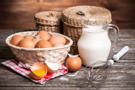 white eggs: Fresh organic eggs in a basket Stock Photo