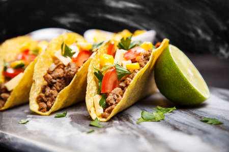 taco tortilla: Mexican food - delicious tacos with ground beef