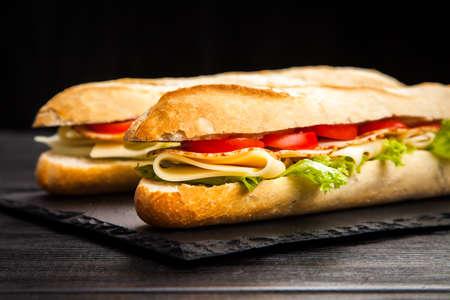 Panini gegrild broodje met ham en kaas