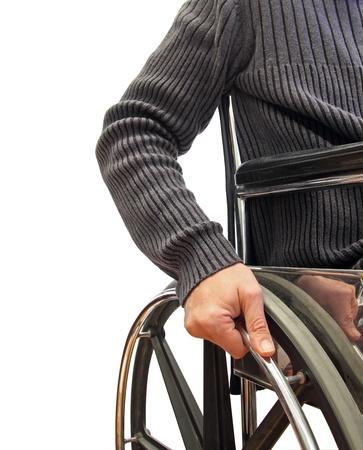 rollstuhl: Nahaufnahme von einem Mann in einem Rollstuhl