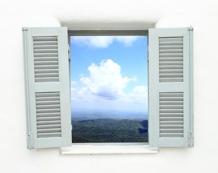 산과 하늘보기 그리스 스타일 창