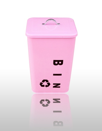 pink recycle bin with shadow Stock Photo - 16835437