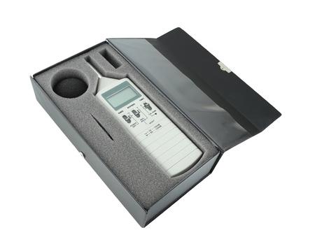 meter box: son�metro en caja con trazado de recorte