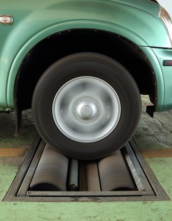 balancesheet: brake testing system of a car (front wheel)