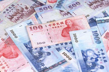 New Taiwan Dollar banknote, Cash