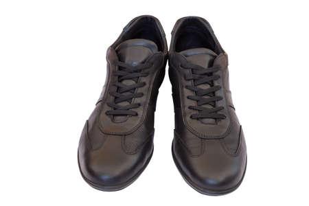 Ein Paar schwarze Mann Lederschuh mit Schnürsenkel. Isoliert auf weiß mit Clipping-Pfad. Hergestellt mit selektiven Fokus. Standard-Bild - 51011917