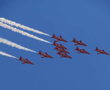 red arrows team with BAE hawks