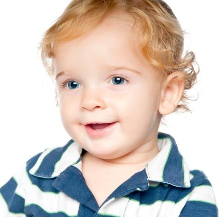blonde yeux bleus: Garçon mignon sur un fond blanc