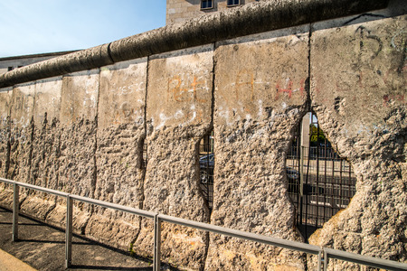 east berlin: Remains of the Berlin Wall preserved along Bernauer Strasse