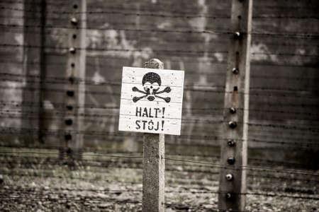 oswiecim: Death warning sign in Auschwitz Stock Photo