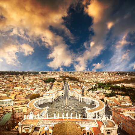 st  peter's basilica pope: Famous Saint Peters Square in Vatican and aerial view of the city, Rome, Italy.