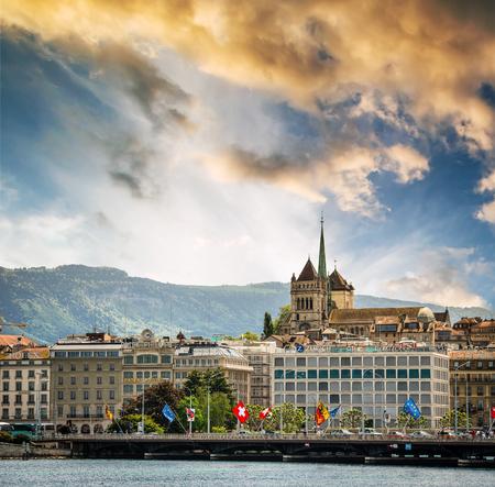 Geneve, Switzerland - 11 May 2014:  view of the modern embankment and the center of Geneva, Switzerland Editoriali