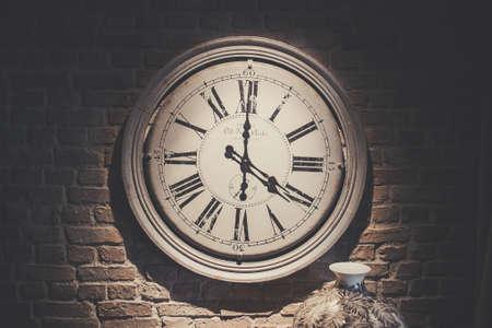 古い時計 報道画像