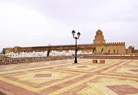 kairouan: Walls and cemetery of the Great Mosque of Kairouan, Tunisia Stock Photo