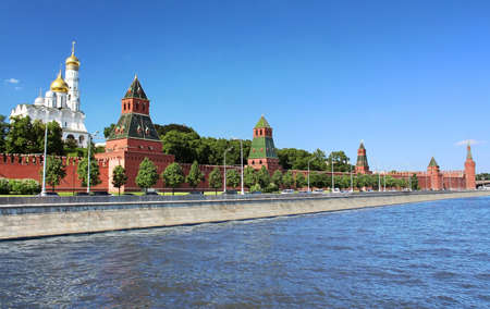 View of the Moscow Kremlin and the waterfront, Russia Stock Photo - 20990600